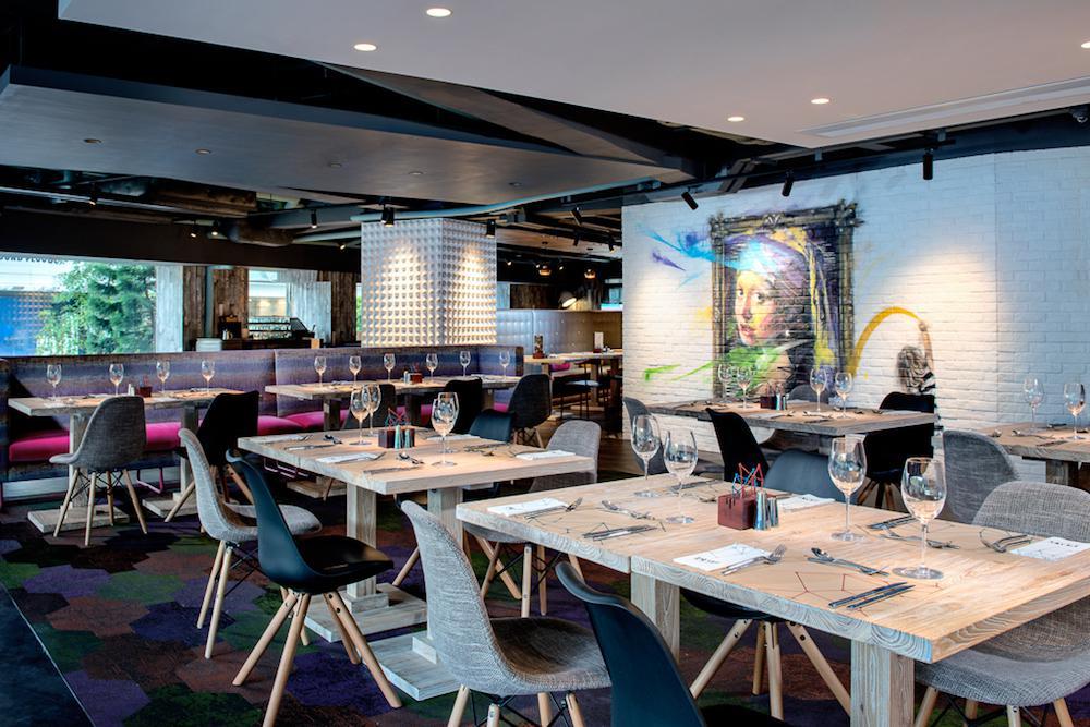 PLAYT interior, Park Lane Hong Kong, Hong Kong buffet, buffet restaurant, hotel afternoon tea, oyster